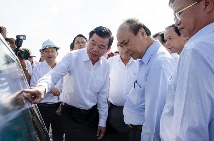 Thu-tuong-Nguyen-Xuan-Phuc-phat-trien-vung-kinh-te-trong-diem-phia-nam